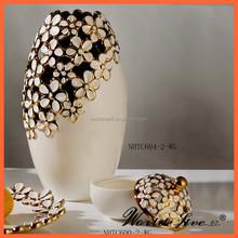 New plum blossom designed made in china ceramic vase