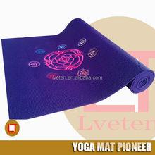 fashion embroidery designs sticky pvc yoga mat