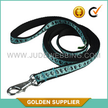 professional durable dog leash with waste bag