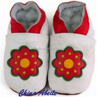 2015 comfortable baby cartoon pattern walking moccasins durable new design girls flat baby Flower shoes