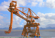mechanical bucket ship unloader for coal