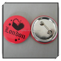 Custom all kinds of metal couple tin badge with safety pin