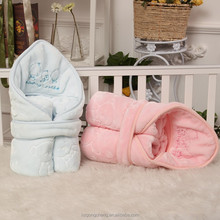 2015 wholesale coral fleece baby blanket,towel quilt,towel blanket with embossed design