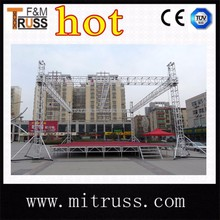 Lighting tower truss stand for outdoor concert event