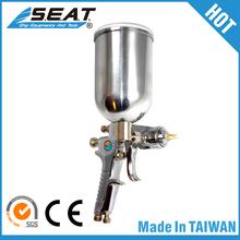 Lightweight 0.4 Liter High Pressure Spray Water Gun