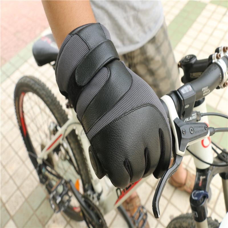 Sport Gloves18.jpg