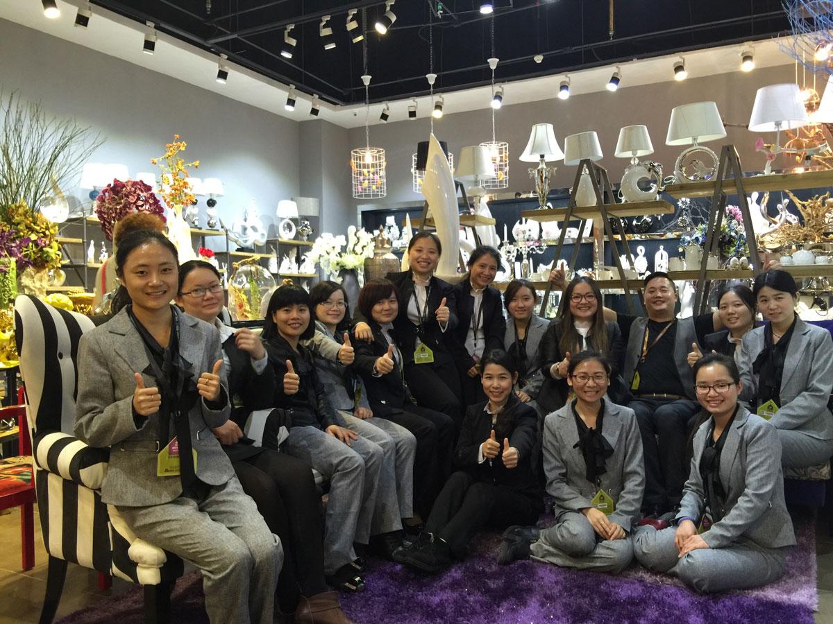 Guangzhou worldlive home decoration firm   ceramic,resin crafts