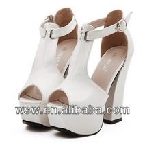 verano 2014 venta caliente baratos precio nuevo diseño sexy dulce estilo sandalias de las niñas