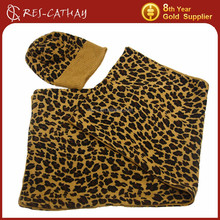 2015 women's winter leopard pattern hat and scarf