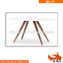 Round Casual MDF matt Four Legs Dining Table