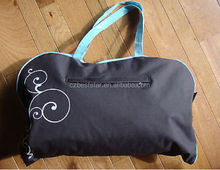 Animal Planet Travel dog bed and tote with storage