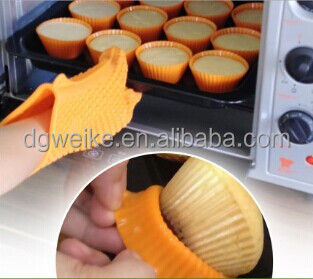 2014 hot sell silicone cupcake mold / cake mold