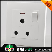 new design !! 3 pin british eletric light socket,wall electric socket outlet and socket