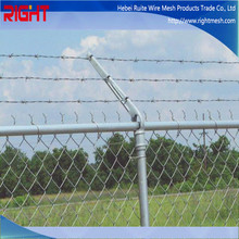 China Manufacturing Company Used Galvanized and PVC Chain Link Fence Top Barbed Wire