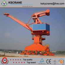 Compact structure 20t swivel lifting crane