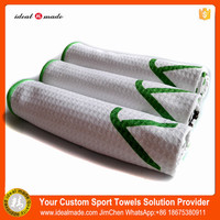 Beautiful Golf Picture Printed Microfiber Idealmade Sport Towel With Pouch