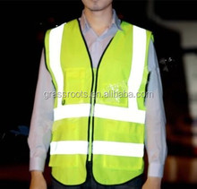 With 11year experience factory direct sale reflective Safety Vest with pocket /high quality green safety vest