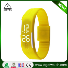 Alibaba top 1 wholesale hot sale watches men Promotional gifts 2015 silicone led watch / led watch