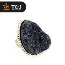 Customize exaggerated colorful blue red white black Natural Stone Ring for woman female Finger Rings