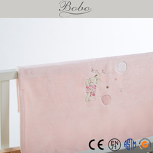 2015 New Design Embroidered Flannel Blanket for Babies