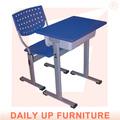 Pe/pp em sala de aula de mesa e cadeira fixa o aluno da escola e cadeira conjunto de mesa e móveis de sala de aula