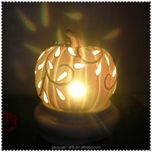 Factory Cheap Decorative Ceramic Crafts of Halloween Pumpkin Lamp for Home Decoration