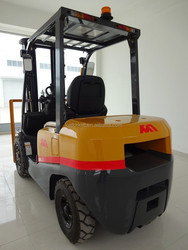 China forklift exporter, gasoline pointed forklift,mini forklift,nissan engine forklift