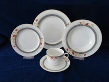 Reasonable Price Porcelain Dinnerware ,32pcs Fine Porcelain Dinner Set with Full Design