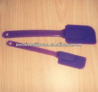 FINE7026 Sedex Factory Audit 100% Food Grade LFGB Standard Eco-friendly Purple Plastic Handle Non-stick Silicone Shovel