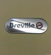 Top grade antique cut out fashion design metal logo tag
