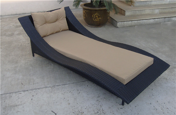 belle rotin piscine chaise longue pas cher en osier transat outils de jardin id de produit. Black Bedroom Furniture Sets. Home Design Ideas