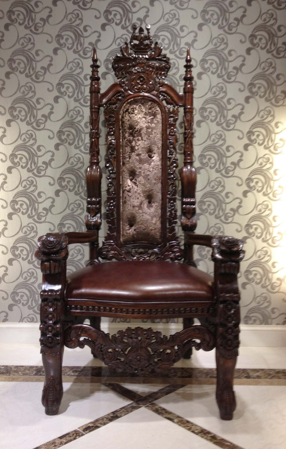 JPG - American Style Furniture Sofa Chair,Antique Luxury - Antique Throne Chairs Antique Furniture