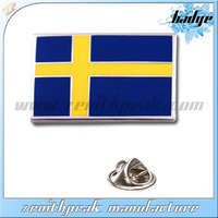 2014 Hot sale die stamping metal sweden flag lapel pins in chin supplier