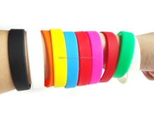 2015 cheapest PMS color match Plain Silicone Wristband Bracelets