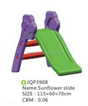 2015 Kids cheap plastic indoor flower style slide for sale