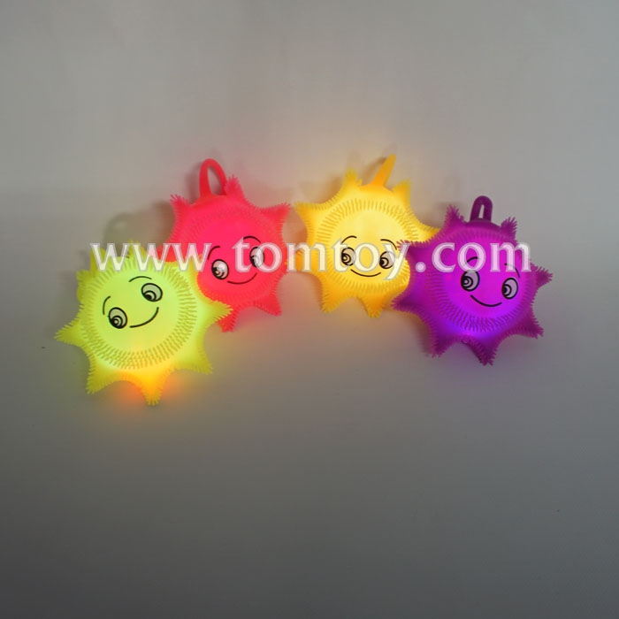 light-up-smile-face-puffer-ball-tm02839.jpg