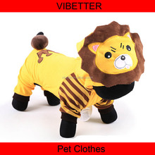 H102 Wholesale dog clothes, hot sale pet winter hoodies clothing for large size dog Lion hat with Crown