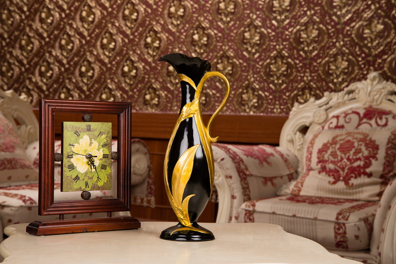 Latest beautiful resin vase for home decorwedding gift craft