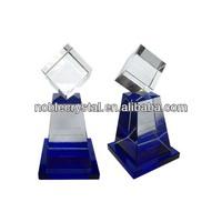 Noble New Design Top Crystal Cube Trophy With Blue Base