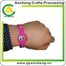 nice high frequency rfid silcione wrist band for corporate gifts