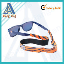 2015 Novel design custom sunglass croakies & neoprene croakies strap for business