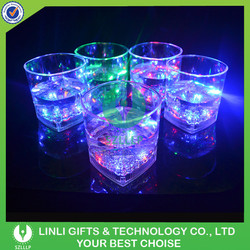 Popular And Novelty Light Up 10OZ Square Shape Fancy Whisky Glass With LED