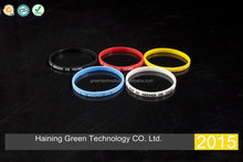 2015custom thin silicone wristband/thin silicone bracelet/thin rubber wristband with printed logo in cheap price and fast ship