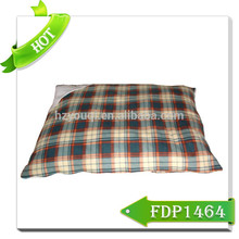 soft and warm dog bed pet cushion and bed