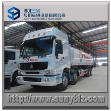 8x4 Right hand driving 371 hp SINOTRUK HOWO 32 m3 petroleum or diesel oil tanker truck