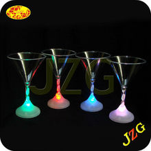 2015 new product wedding favor led martini glass 7 color glass led light color change martini glass