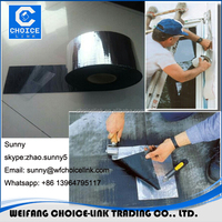 Adhesive roll with bitumen waterproof