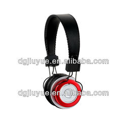 Stereo bluetooth headphone in plastic shell in cheap price