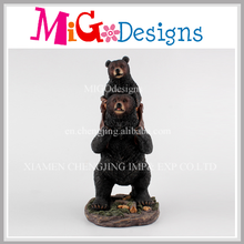Polyresin Bear Mother Carries Baby Sculpture Garden Ornament Wholesale