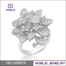 18K white gold cluster diamond ring fine jewelry